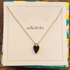 NWT Stella and Dot Necklace
